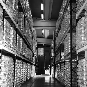 Image showing warehouse with 25 kg packaging, octaboxes and big bags